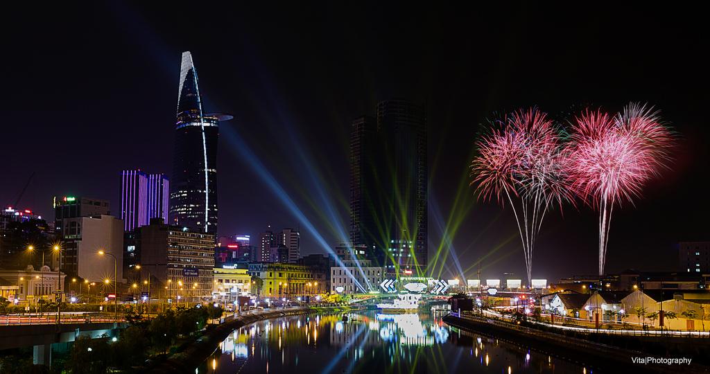 Tết Âm lịch (Tết Nguyên đán) 2018, TP.HCM sẽ bắn pháo hoa tại 5 điểm