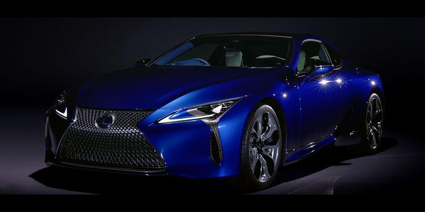 """Cận cảnh siêu xe Lexus LC500 xuất hiện trong """"Bom tấn"""" Black Panther"""