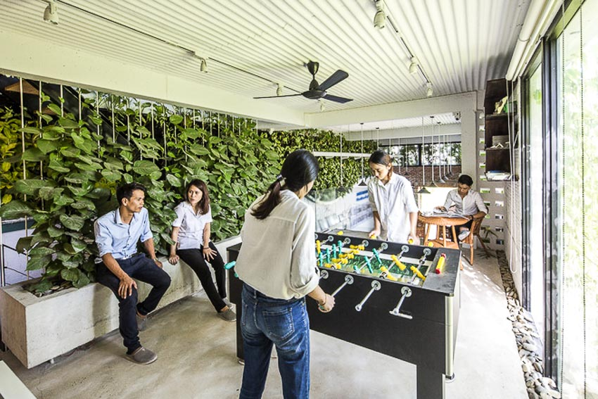 Ngỡ ngàng vẻ hoang sơ của văn phòng hiện đại mang hồn quê tại Đà Nẵng