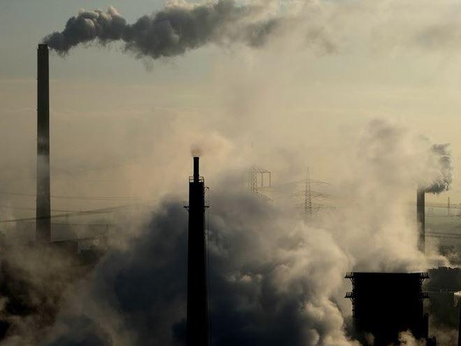 Iran đóng cửa các trường học ở thủ đô do ô nhiễm không khí
