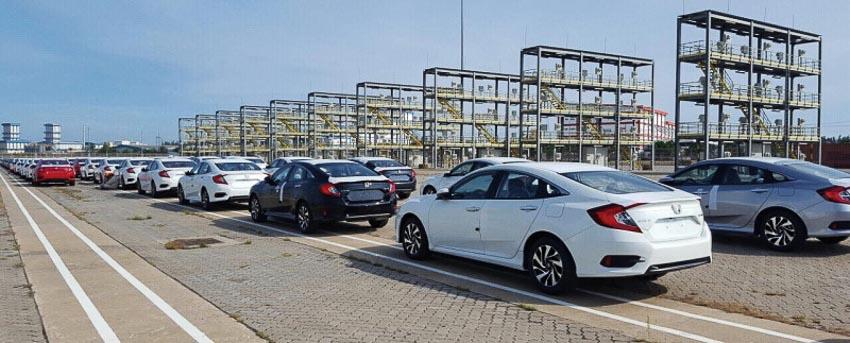 Cuộc chiến giữa xe lắp ráp trong nước và xe nhập khẩu đến hồi quyết liệt