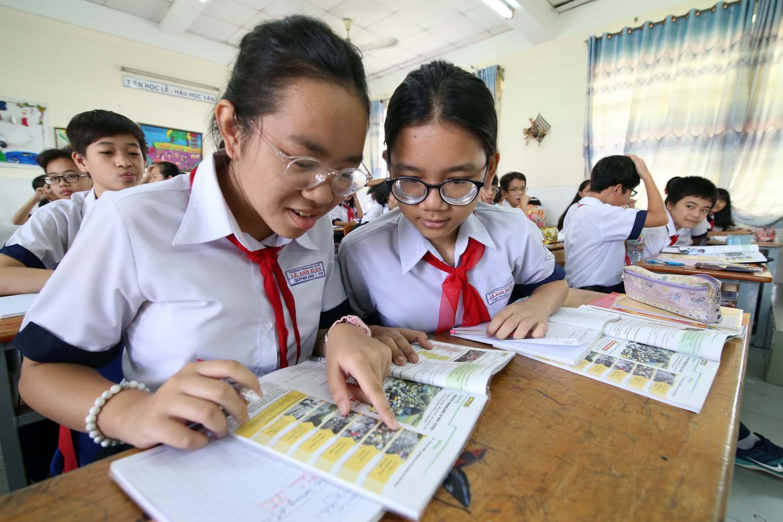 Cải cách giáo dục không phải chỉ là thay đổi chương trình và sách giáo khoa. Ảnh: Đào Ngọc Thạch