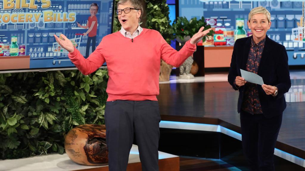 Tỷ phú Bill Gates thua đậm khi chơi 'hãy chọn giá đúng' (Photo by Michael Rozman/Warner Bros.)