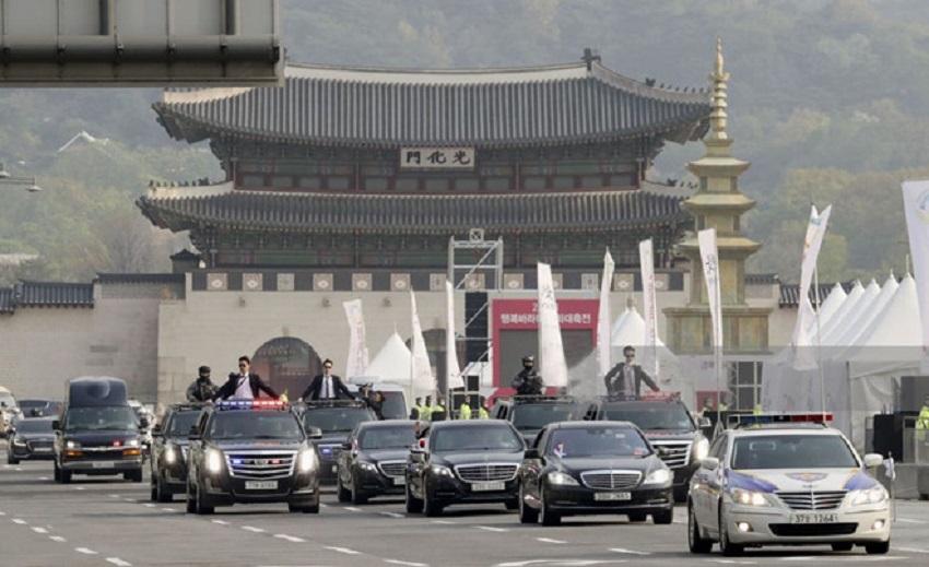 """Ngắm đoàn """"xế ngoại"""" hộ tống Tổng thống Hàn Quốc"""