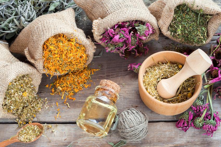 Aromatherapy - Liệu pháp chăm sóc cơ thể bằng tinh dầu thiên nhiên