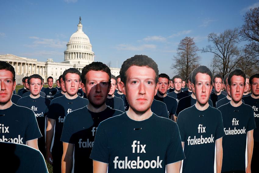 Facebook giữa tâm bão: Cái giá của miễn phí