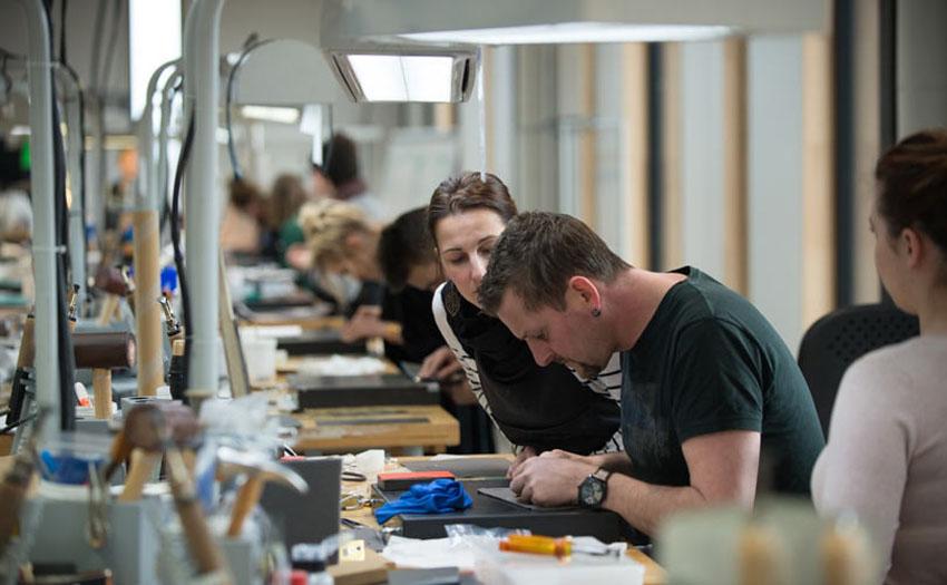 Hermès sắp khai trương xưởng mới Manufacture de l'Allan ở vùng Franche-Comté của Pháp