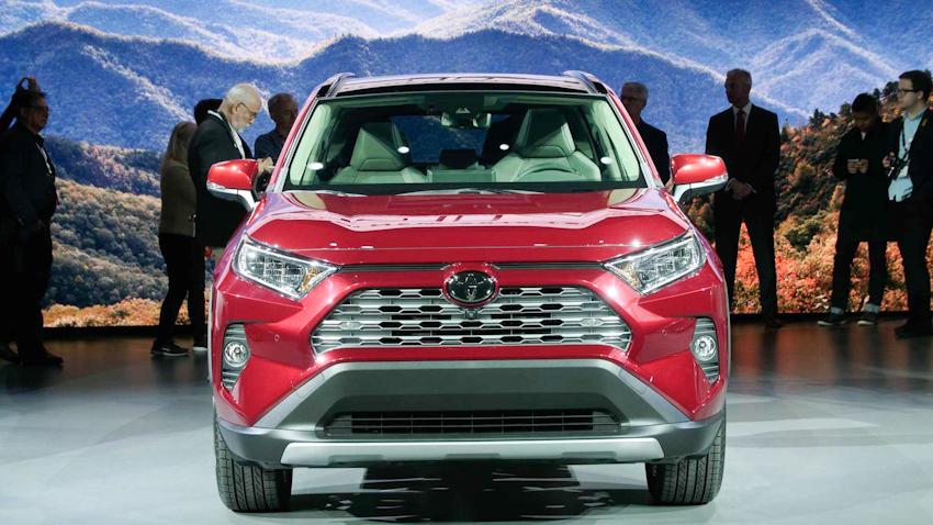 Toyota RAV4 2019 lột xác hoàn toàn mới tại NYAS 2018