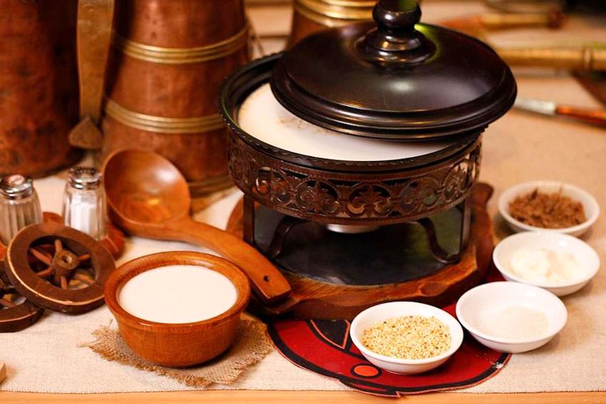 Khám phá ẩm thực Mông Cổ tại Khách sạn Windsor Plaza