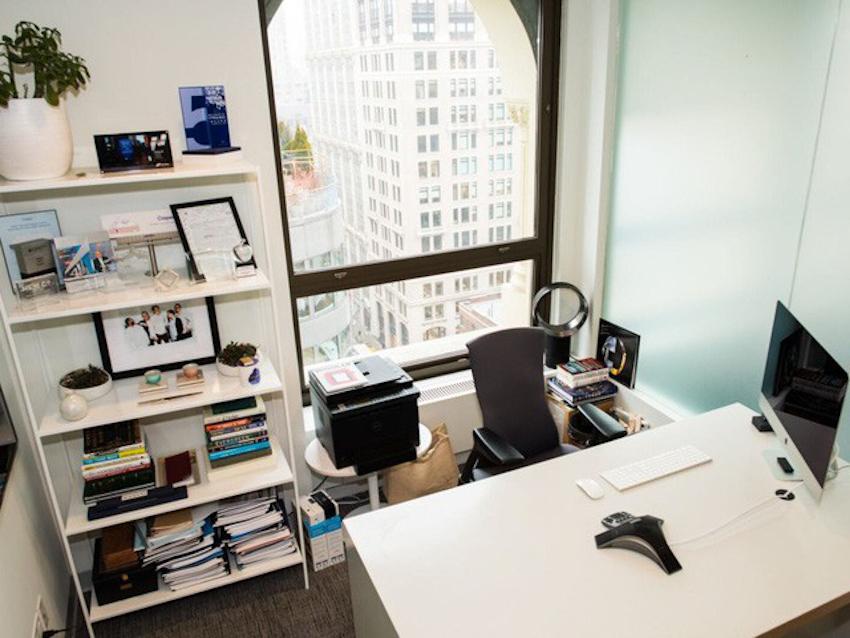Không gian làm việc của CEO các công ty lớn: Từ đơn giản bất ngờ đến tiện nghi sang chảnh 13