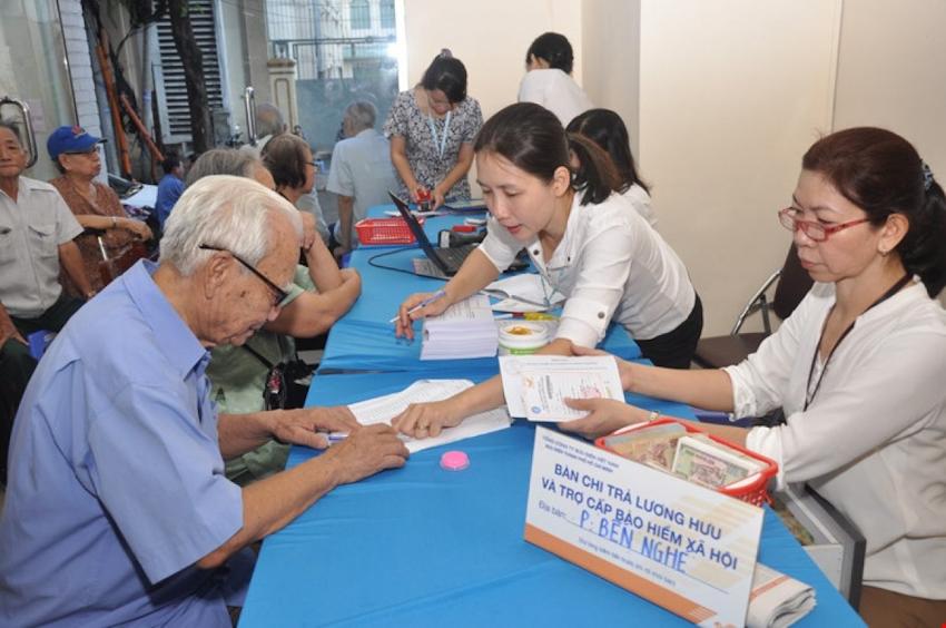 Tăng tuổi hưu: Sợ vỡ quỹ bảo hiểm hay lo dân số già?