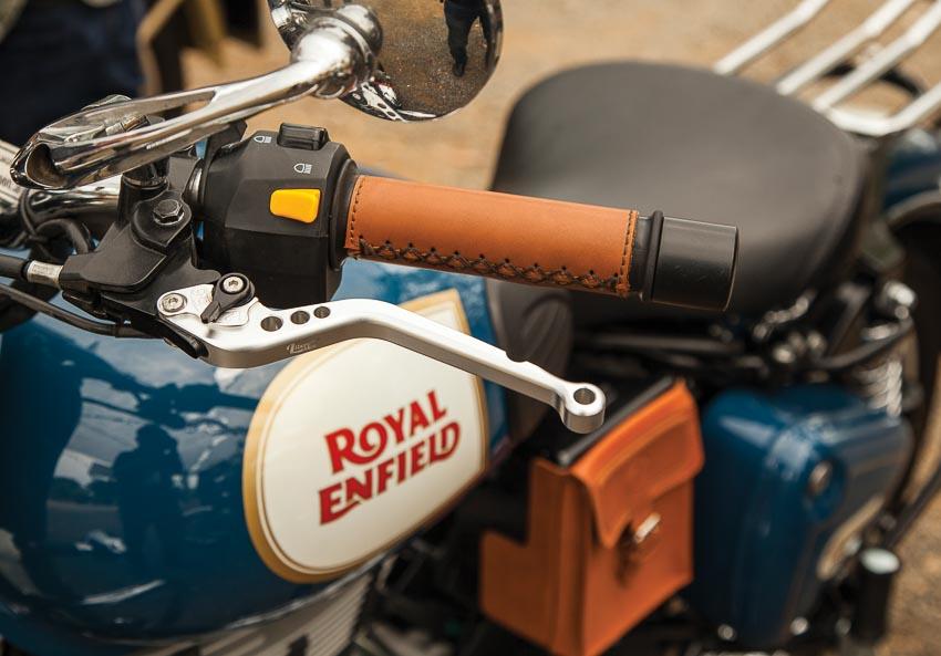 Cổ điển mà thoải mái như Royal Enfield Classis 500