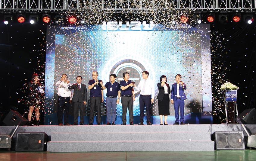 """Chúng tôi tiên phong giới thiệu công nghệ và thế hệ sản phẩm mới tại thị trường Việt Nam"""""""