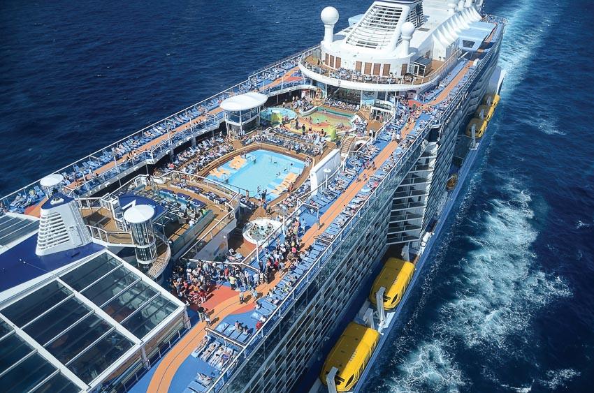 Hành trình trên du thuyền đẳng cấp như trong mơ