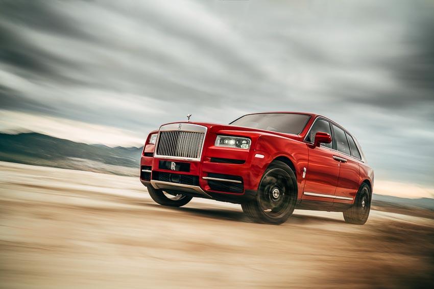 SUV siêu sang Rolls-Royce Cullinan chính thức được trình làng