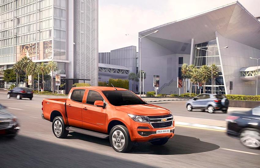 Chevrolet Colorado 2.5L VGT AT 4x2 mới chốt giá 651 triệu đồng