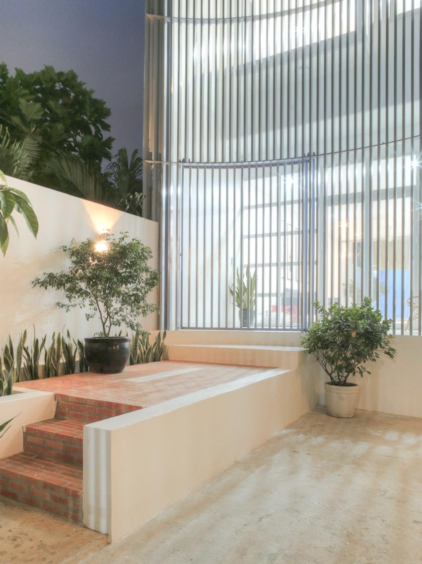 Không gian sống động với lối kiến trúc vòng cung của HC House