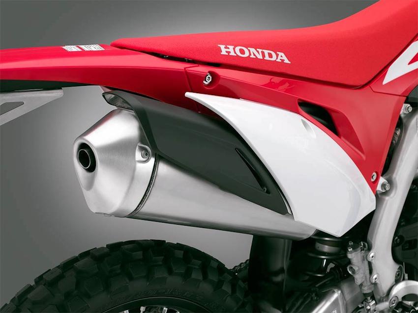 Honda CRF450L cá tính xuống phố, giá 236.8 triệu
