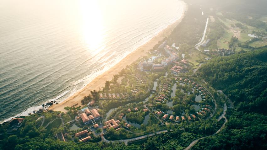 Laguna Lăng Cô tiếp tục được trao danh hiệu Khu nghỉ dưỡng và đánh golf tốt nhất châu Á - VN