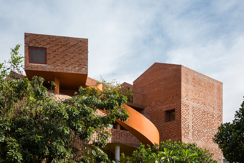 Kiến trúc gợi mở, tương tác cho trẻ tại ngôi trường đẹp lạ