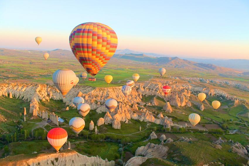 Khám phá Cappadocia - miền cổ tích muôn màu của khinh khí cầu ở Thổ Nhĩ Kỳ