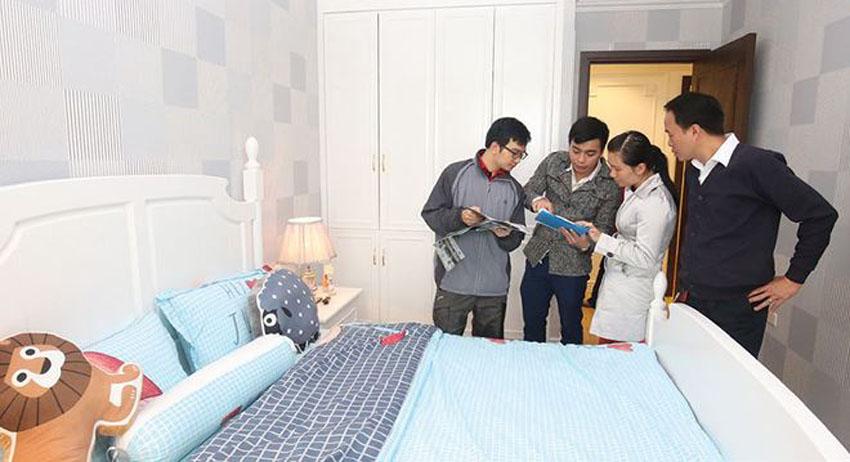 Lãi suất tăng, người vay mua nhà bắt đầu... lo lắng!