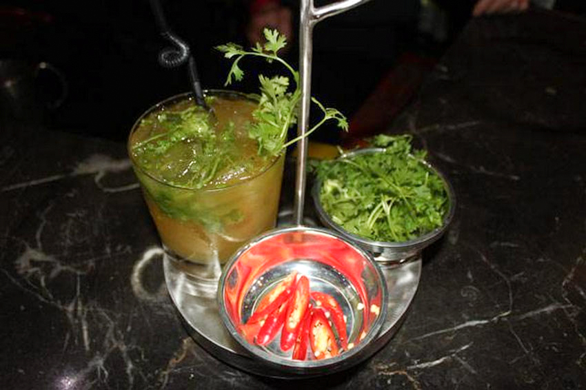 Thưởng thức hương vị phở Việt Nam qua ly cocktail độc lạ