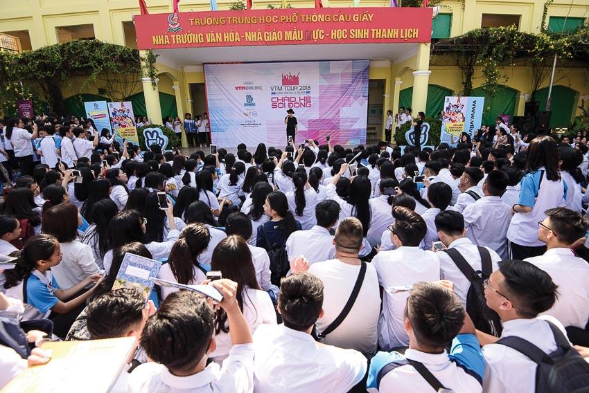 """Hàng chục ngàn học sinh Hà Nội tham dự """"VTM Tour 2018 - Chào hè sôi động"""""""