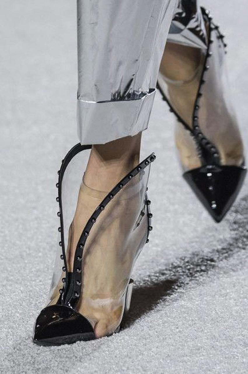 Xu hướng giày mùa hè dành cho phái đẹp