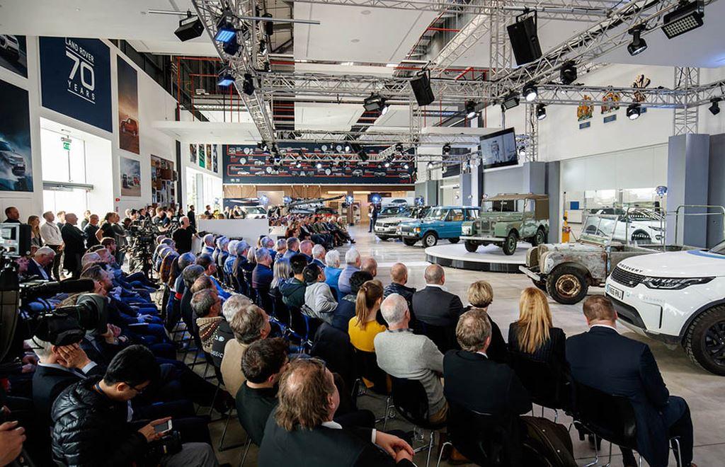 Buổi kỷ niệm 70 năm sinh nhật thương hiệu Land Rover.