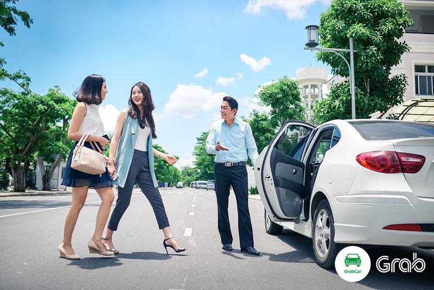 Toyota chính thức đầu tư 1 tỉ USD vào Grab