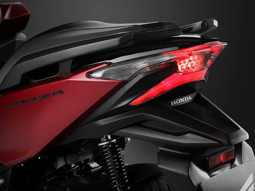 Honda Forza 125 2018 ra mắt, sắc nét và cuốn hút hơn Honda PCX