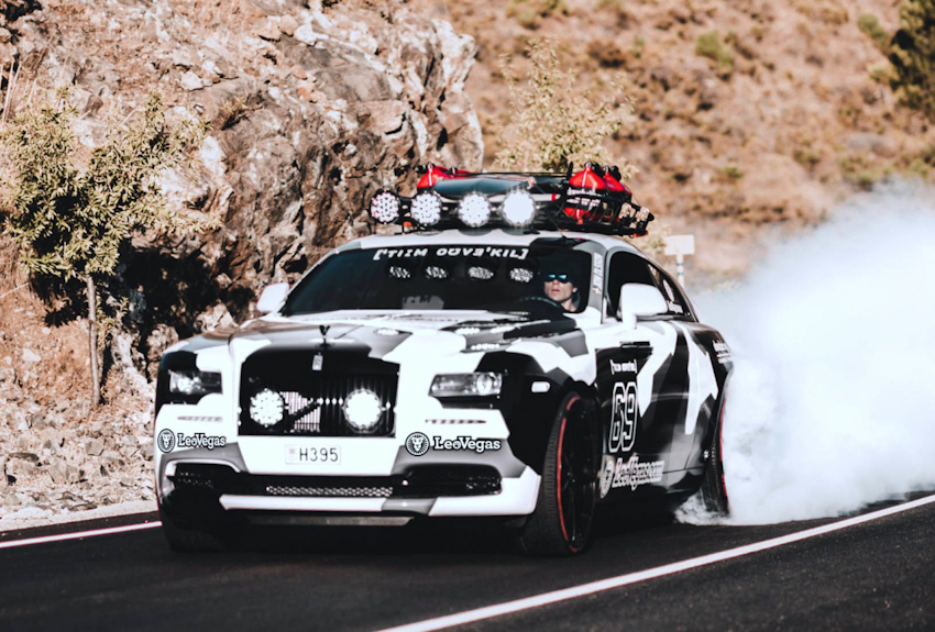 """Rolls-Royce Wraith """"biến hình"""" với gói độ offroad lên đến 7,35 tỉ"""