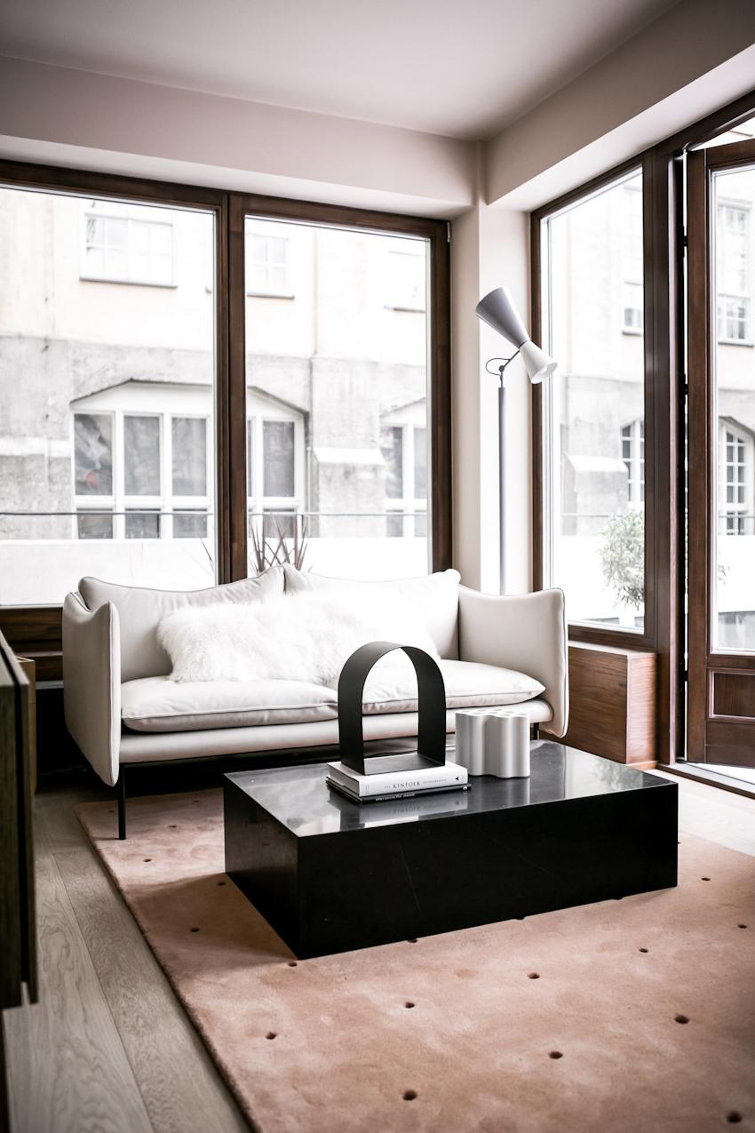 Thiết kế căn hộ mini sang trọng với gam màu trung tính