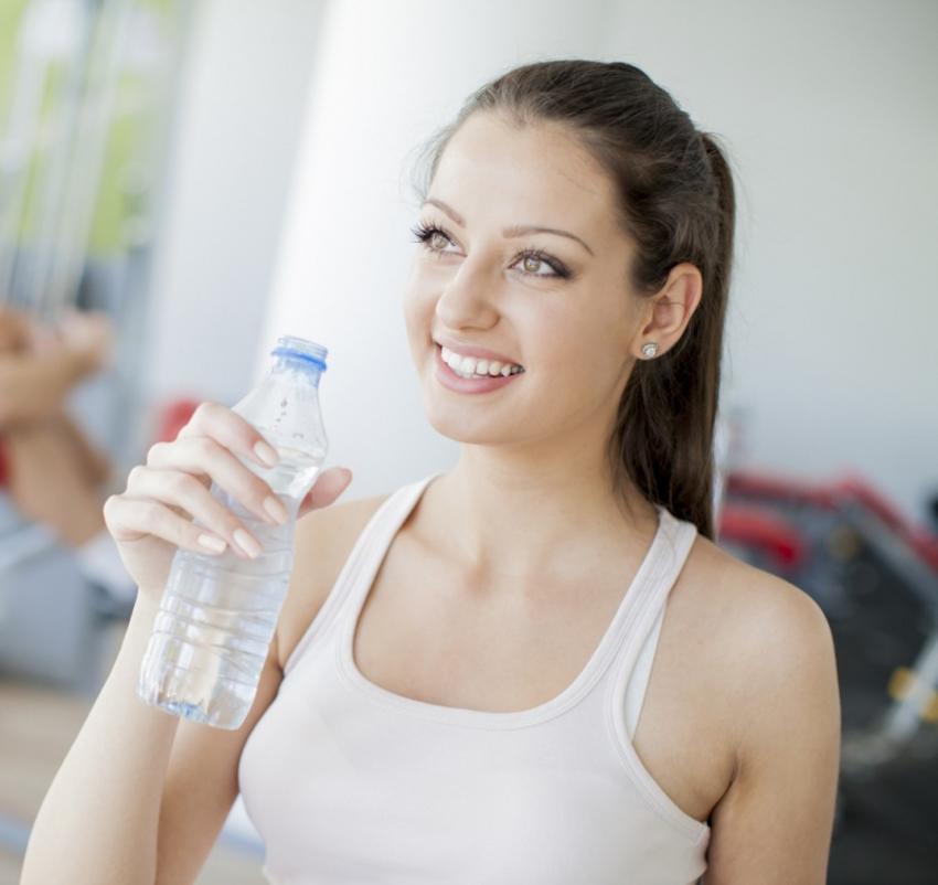 Thon gọn khuôn mặt : 3 cách để giảm thiểu chất béo khó trị 2