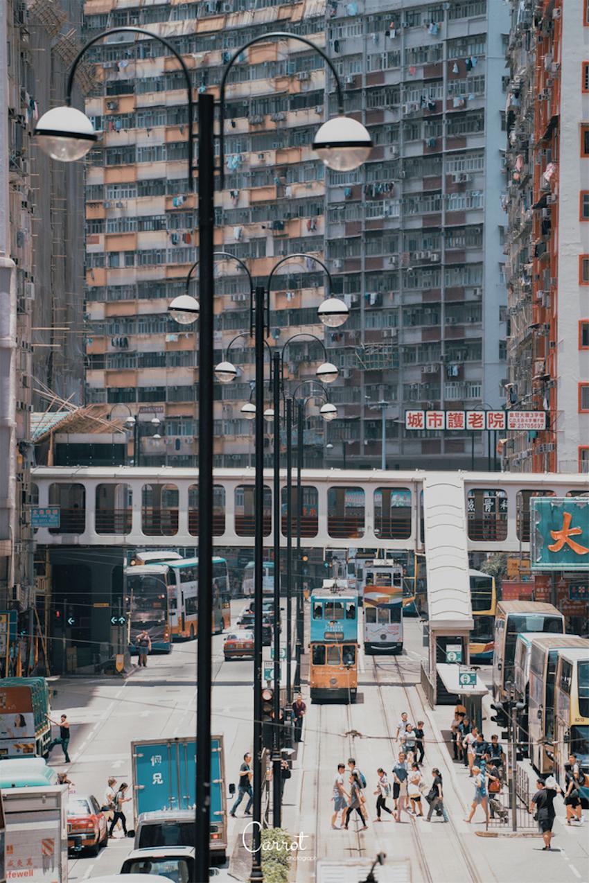 Vẻ đẹp hoài cổ của những chiếc xe điện trăm năm tuổi của Hongkong