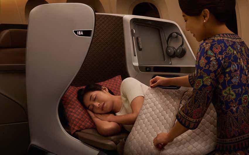 Bay trên máy bay Boeing 787-10 Dreamliner cùng Singapore Airlines