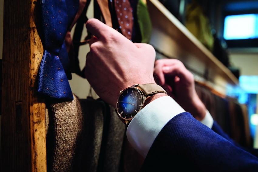 Venturer Big Date - chất lịch lãm trên cổ tay quý ông