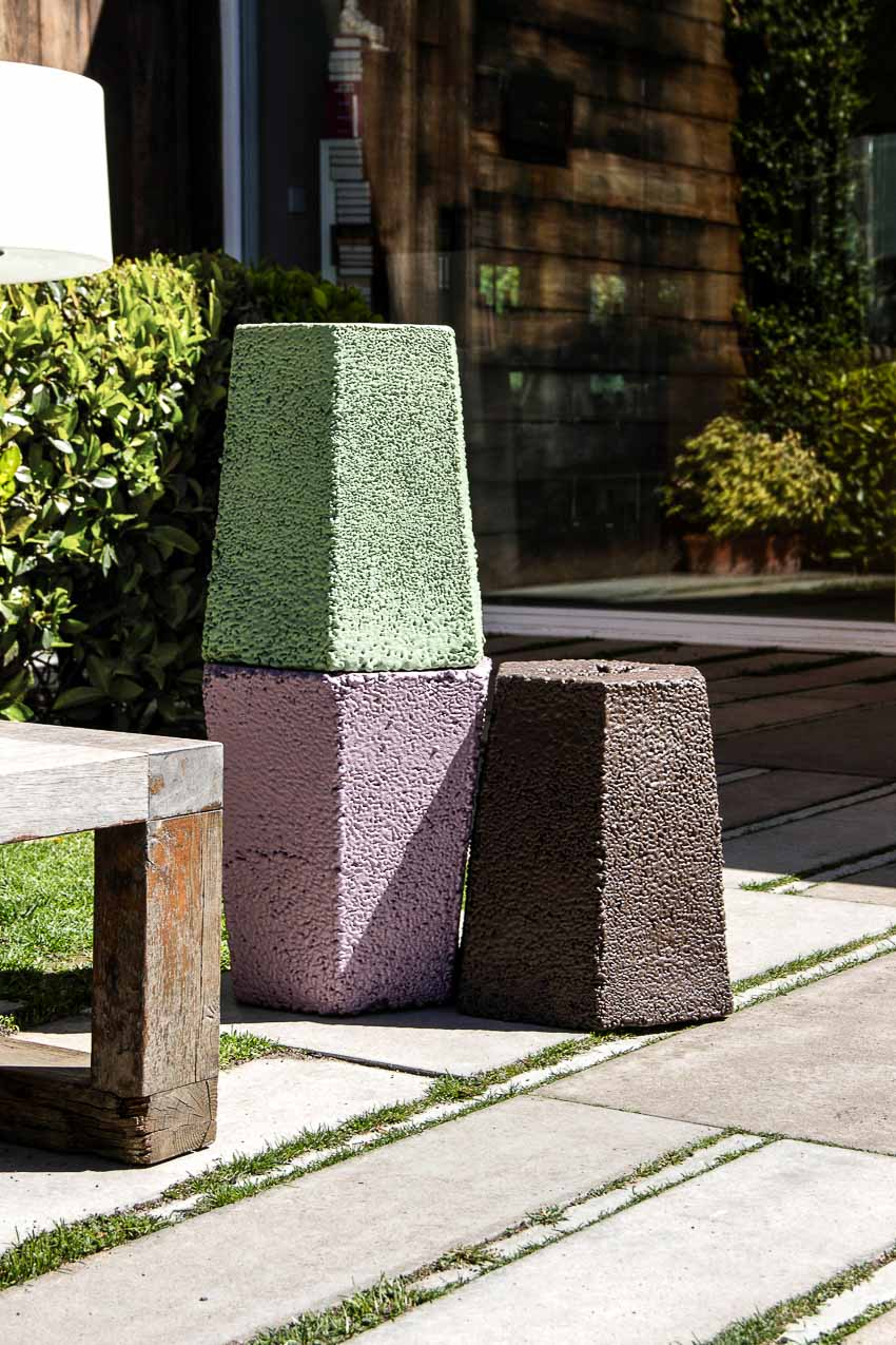Ấn tượng ghế nhựa polystyrene tái chế từ vỏ hộp thức ăn