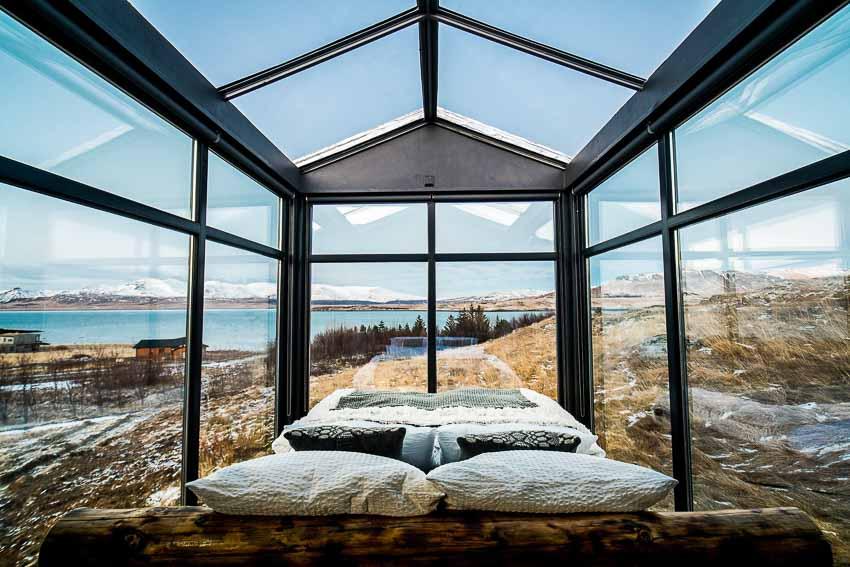 Ngôi nhà kính hòa mìnhgiữa khung cảnh thiên nhiên tuyệt đẹp