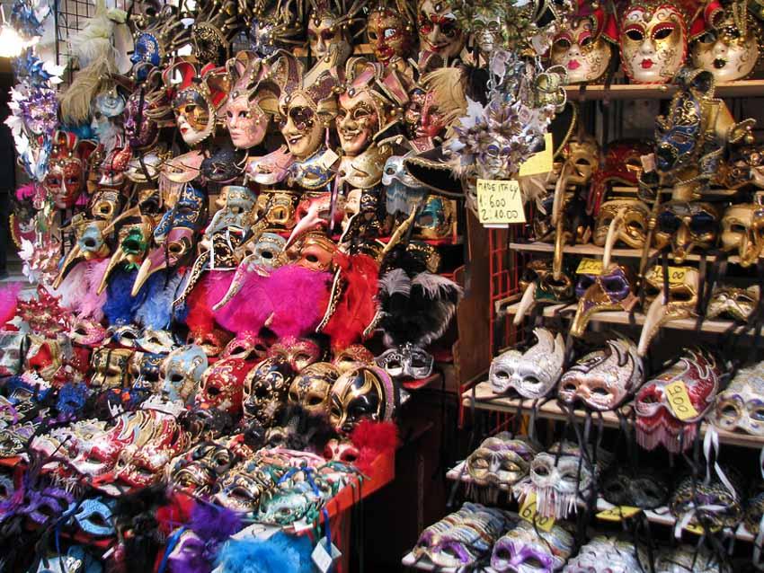 Bí ẩn về những chiếc mặt nạ trong Lễ hội hóa trang Carnevale