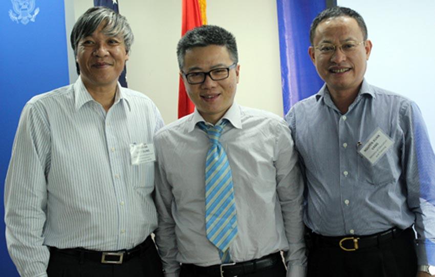 GS Ngô Bảo Châu nói về kỳ thi tốt nghiệp của Việt Nam: Nên bỏ kỳ thi tốt nghiệp chứ không phải đại học
