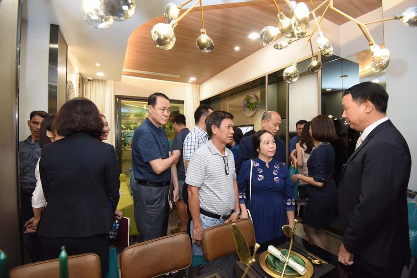 Phú Mỹ Hưng khai trương căn hộ mẫu Hưng Phúc Premier