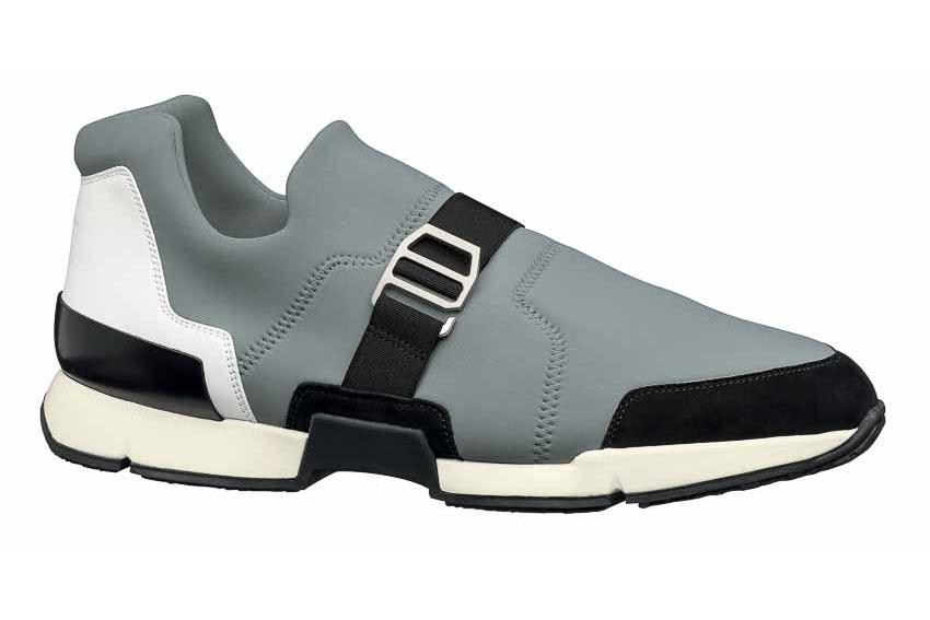 Cá tính với sneakers