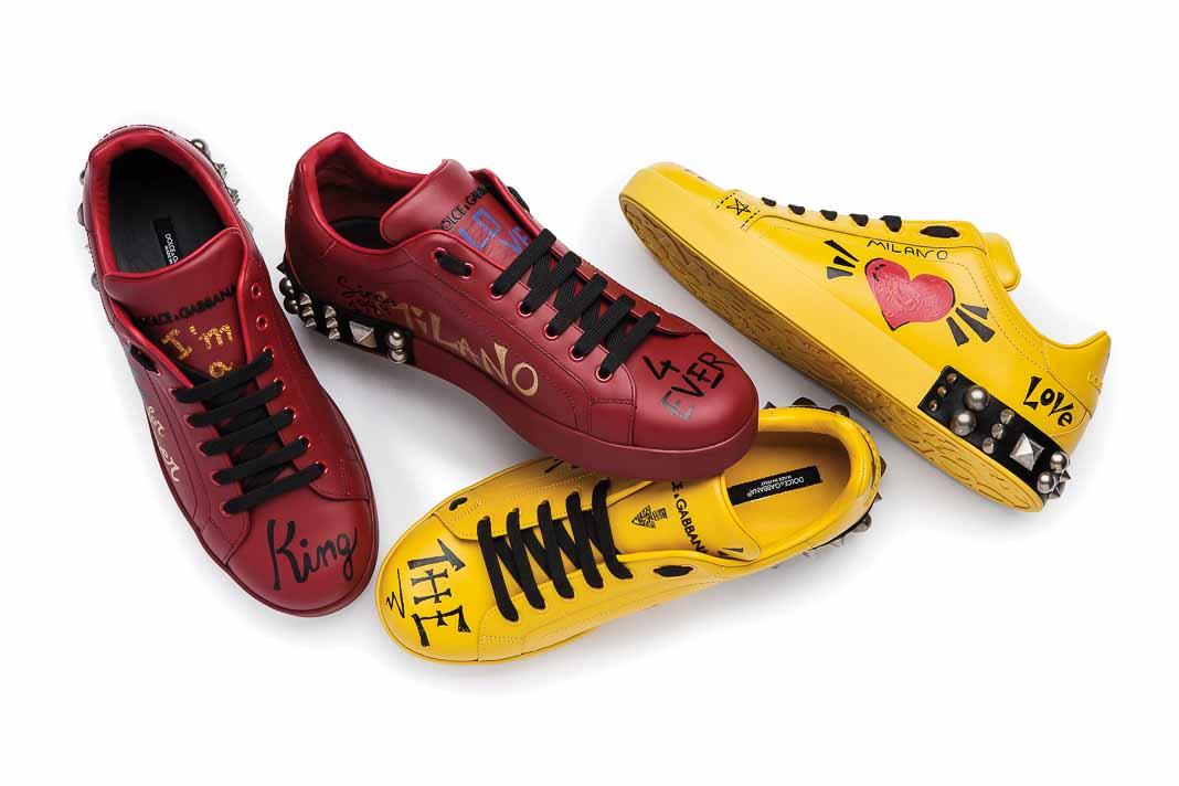 Nổi bật với đôi giày sneakers đầy sắc màu của Dolce & Gabbana
