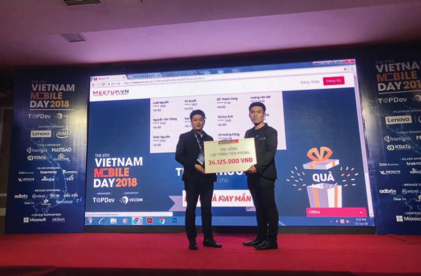 Aptech trình diễn chương trình đào tạo công nghệ mới nhất tại Vietnam Mobile Day 2018
