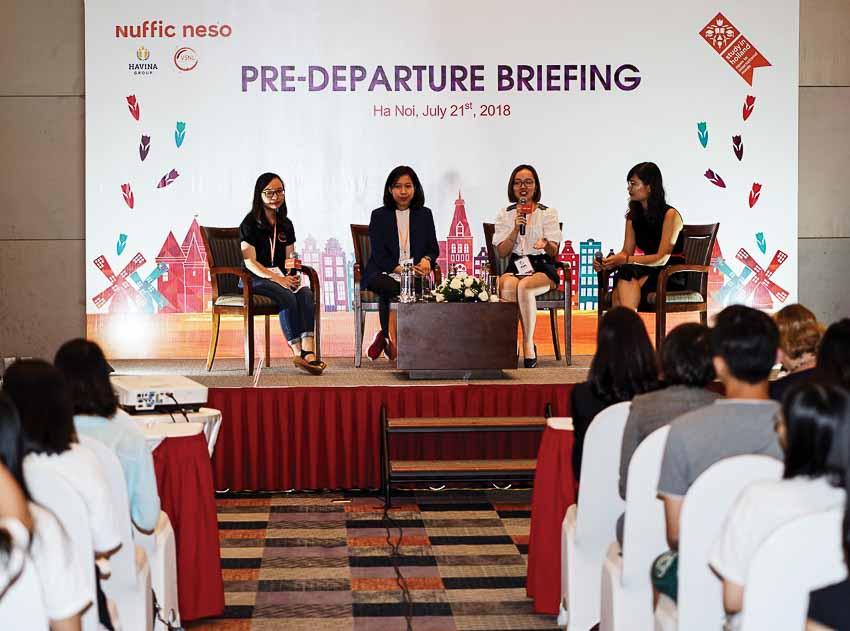 """Nuffic Neso Việt Nam tiếp tục hỗ trợ sinh viên tại """"Hành trang du học Hà Lan 2018"""""""