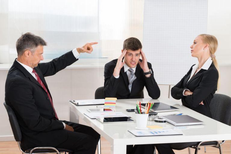 Khi người quản lý vô tình làm suy yếu đội ngũ