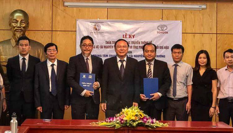 DN-chuong-trinh-Toyota-hanh-trinh-VN-Xanh-Tin-220818-4