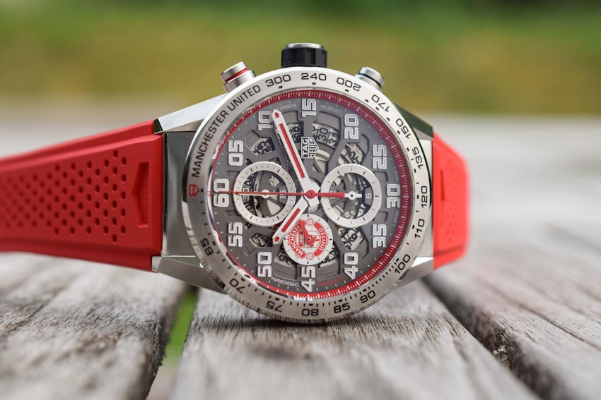 Đồng hồ TAG Heuer Manchester United Carrera Heuer Calibre 01